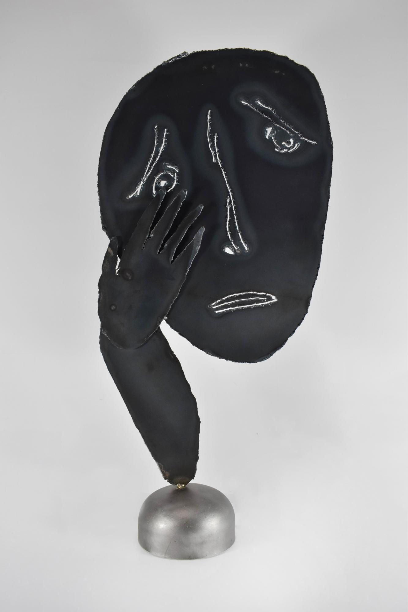 Crying Face 淚流滿面 NO Sooncheon 盧淳天 (South Korea, 1981-) Steel 鐵 63 x 35 x 3 cm 2014