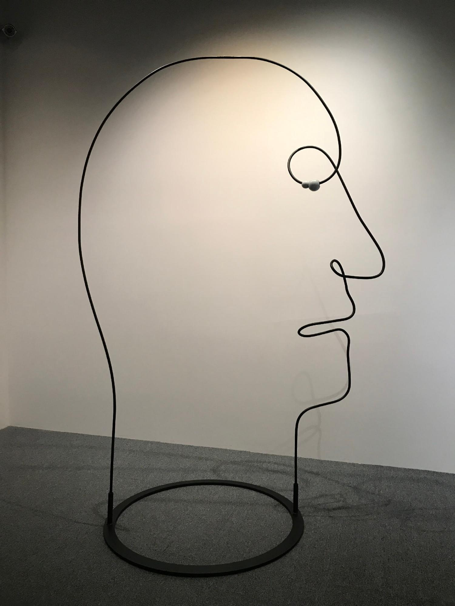 Face 臉的輪廓 NO Sooncheon 盧淳天 (South Korea, 1981-) Steel, Wood 鐵、木 170 x 110 x 75 cm 2018