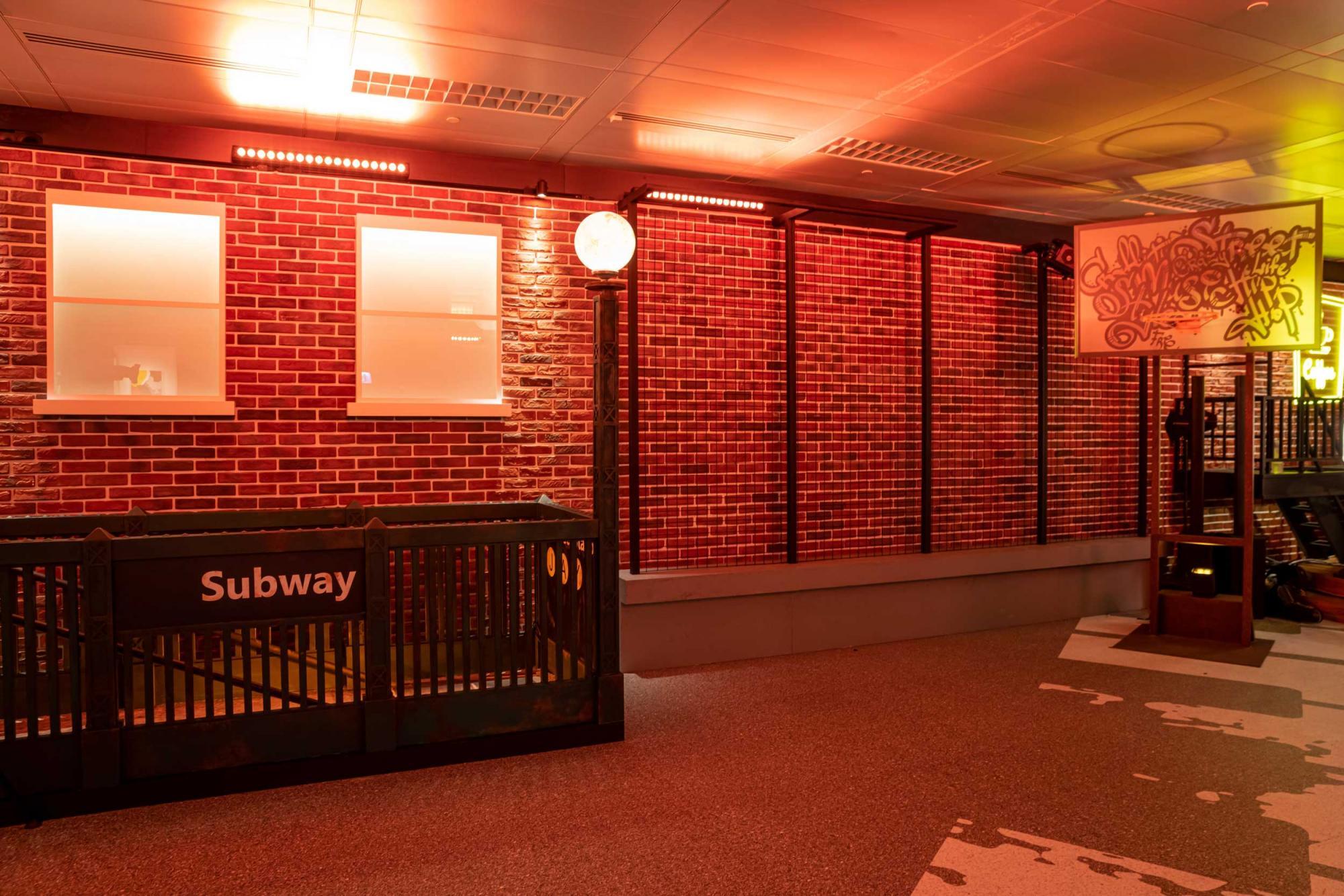 New-York-Street-Area-(5)---Subway-Station-and-Basketball-Court.jpg