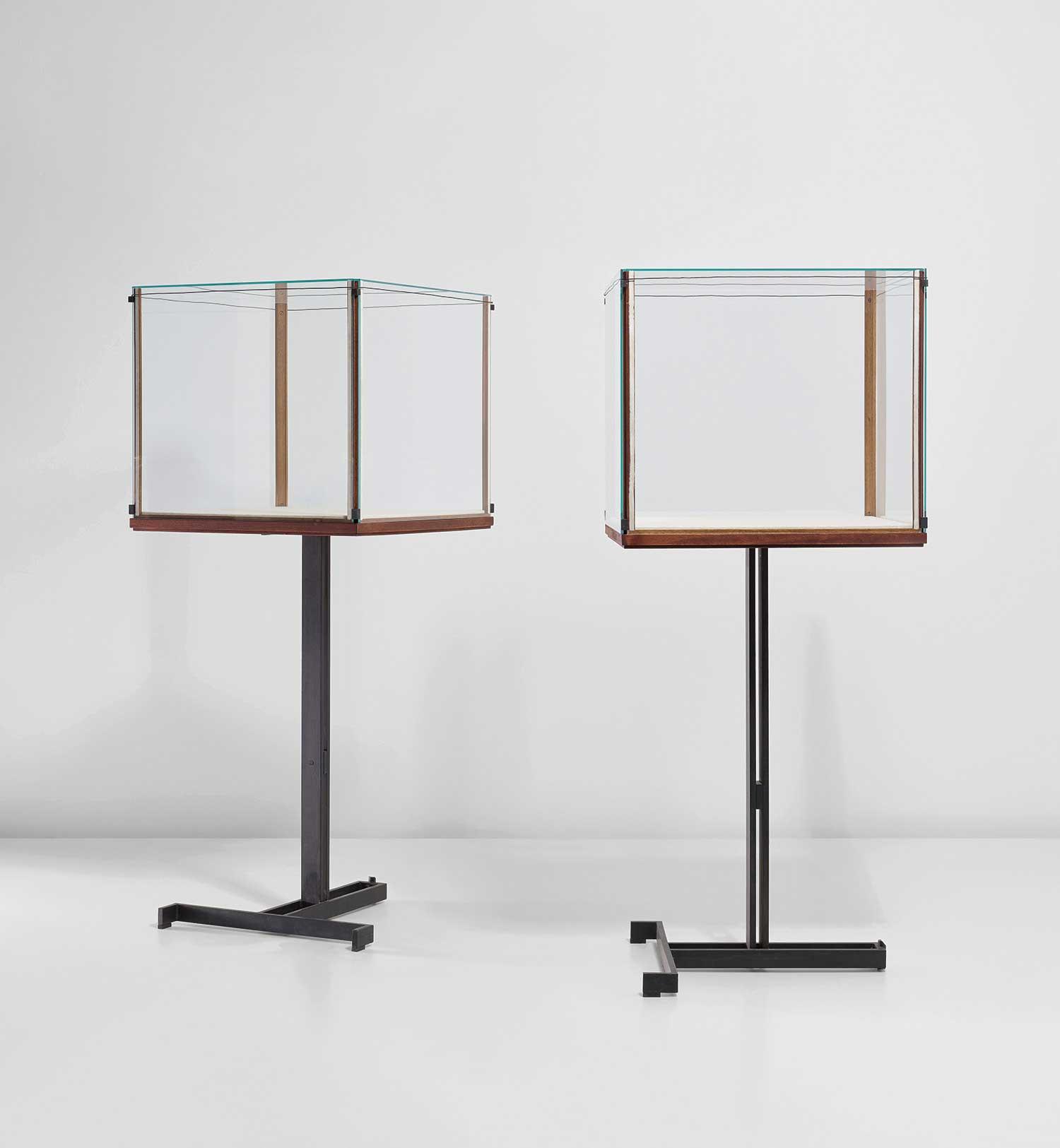 Carlo-Scarpa_Pair-of-vitrines,-designed-1957,-executed-circa-1963.jpg