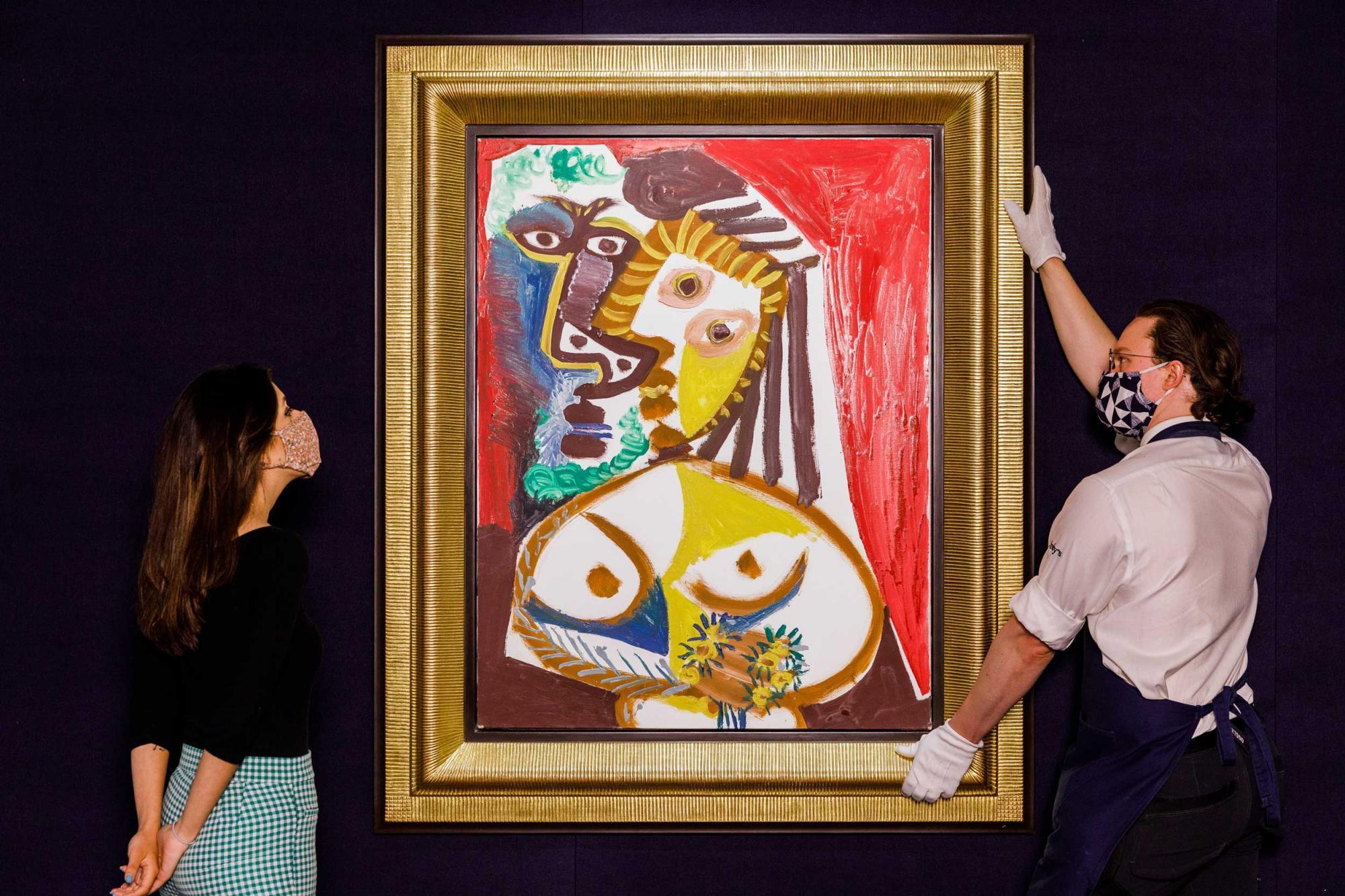 Lot-107--Pablo-Picasso,-Homme-et-femme-au-bouquet,-est.jpg