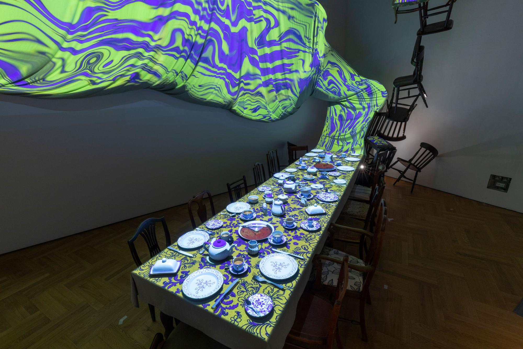 Alice-Curiouser-and-Curiouser,-May-2021,-Installation-Image-(c)-Victoria-and-Albert-Museum,-London-(27).jpg