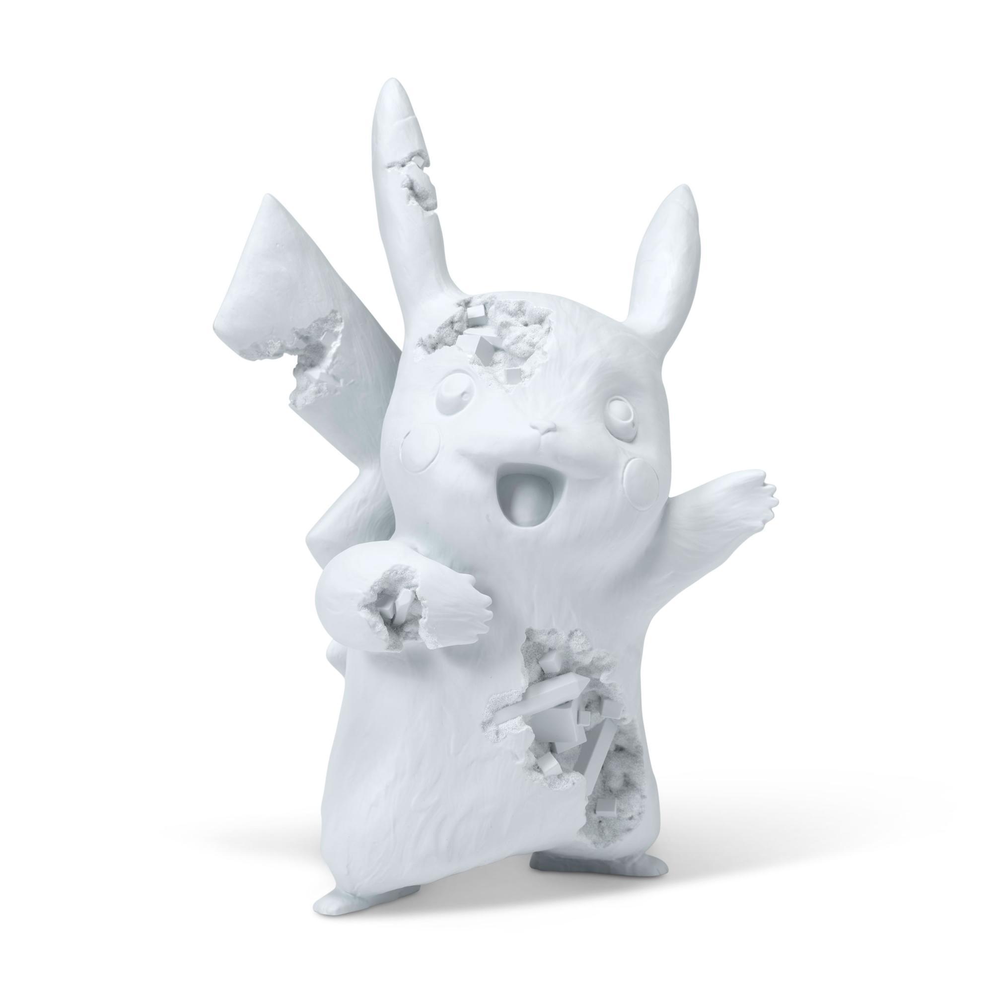 丹尼爾・阿爾軒 (1980年生) X 精靈寶可夢 《Blue Crystalized Pikachu》 淺藍色樹脂 氧化鋁 雕塑 (附原裝包裝盒) 33 (高) x 21.5 x 15 公分 (13 x 8 1/2 x 5 7/8 吋) 2020年作 版數:447/500 估價:港元30,000 – 50,000