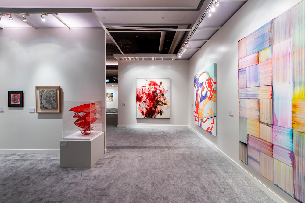 Phillips-in-Association-with-Poly-Auction_20th-Century-and-Contemporary-Art--Fall-Sales_HK-Preview_4.jpg