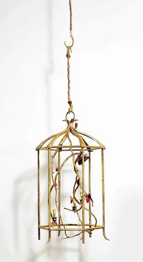 克洛德 · 萊蘭 (Claude Lalanne) 《蝴蝶吊燈》 1990年設計,2015年鑄造 鍍金及鍍鋅銅,三條燈分支及兩條吊柄 吊燈:98 x 50 x 50公分